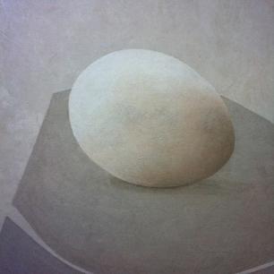 oeuf-fond-gris